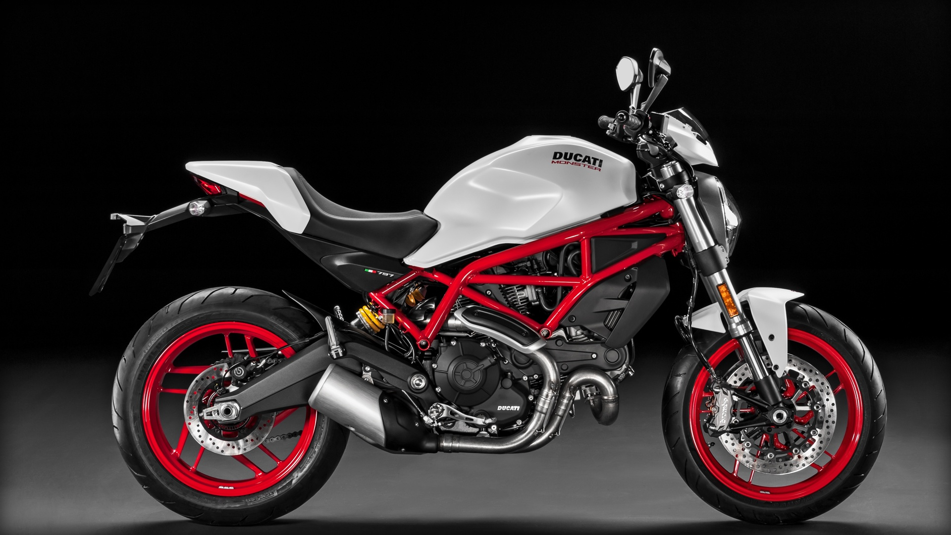 2017 Ducati Monster 797 Plus for sale at Ducati Preston, Lancashire, Scotland
